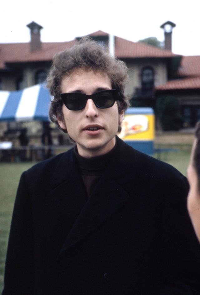 Bob Dylan - July 1964 Newport - 3
