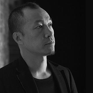 吕永中-半身近照-2014