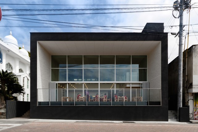 OB-kindergarten-hibinosekkei-nagasaki-designboom-02