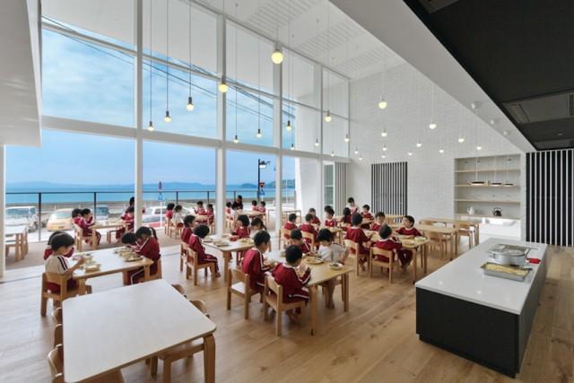 OB-kindergarten-hibinosekkei-nagasaki-designboom-07