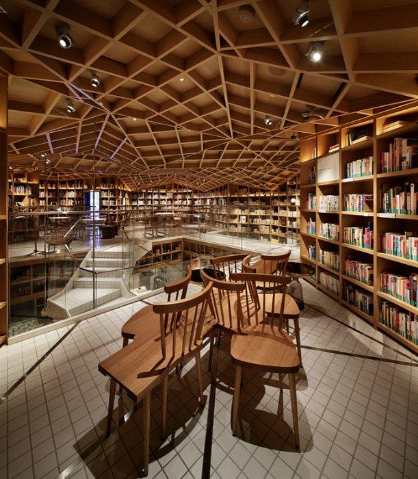 wonder-wall-hyundai-card-travel-library-13