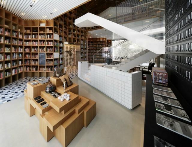 wonder-wall-hyundai-card-travel-library-3