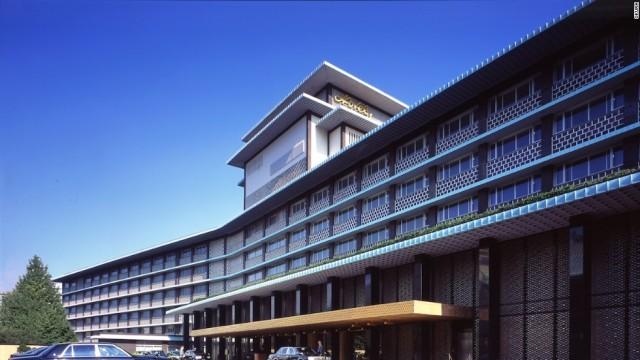 140715072428-main-image-entrance-hotel-okura-horizontal-large-gallery