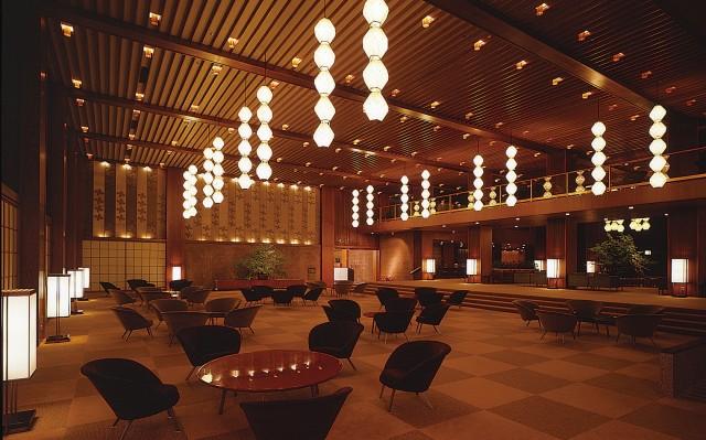 hotel-okura-lobby